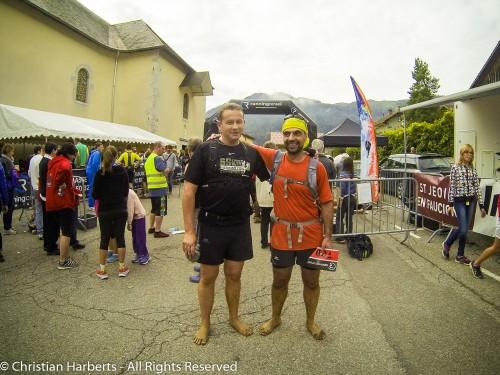 EcoTrail du Massif des Brasses 2014 - Frédéric et Lambda, heureux de leur exploit, 15km pieds nus !!