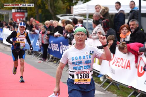 Marathon Seine-Eure 2015, 6ième marathon pieds nus de Christian Harberts – 03:51:11